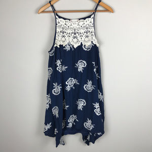 Navy w/lace embroidered Altar'd States Sz S